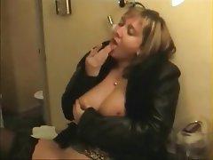 Big Boobs, Massage